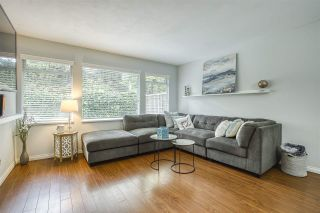 """Photo 3: 31 10238 155A Street in Surrey: Guildford Townhouse for sale in """"CHESTNUT LANE"""" (North Surrey)  : MLS®# R2473485"""