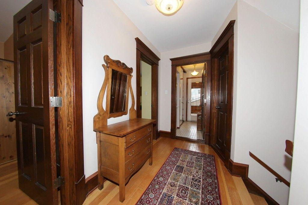 Photo 13: Photos: 110 Home Street in Winnipeg: Wolseley Single Family Detached for sale (5B)  : MLS®# 1627578