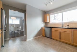 Photo 4: 946 Beaverbrook Street | River Heights South Winnipeg