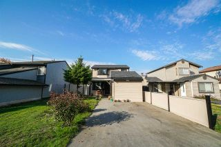 Photo 1: 7693 125 Street in Surrey: West Newton House for sale : MLS®# R2319603