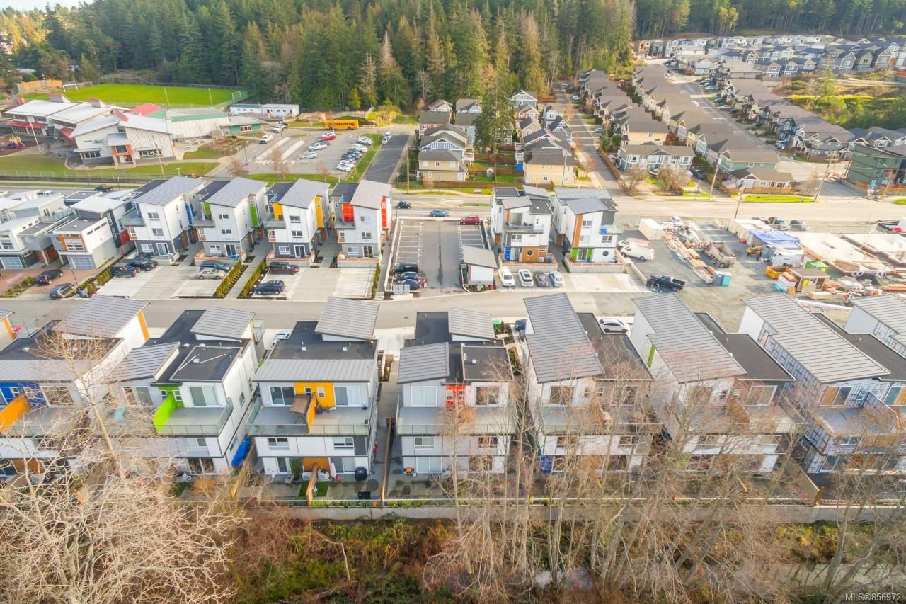 Main Photo: 103 3331 Radiant Way in : La Happy Valley Row/Townhouse for sale (Langford)  : MLS®# 856972