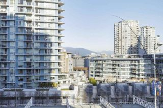 "Photo 19: 112 DUNSMUIR Street in Vancouver: Downtown VW Townhouse for sale in ""Spectrum 4"" (Vancouver West)  : MLS®# R2437895"