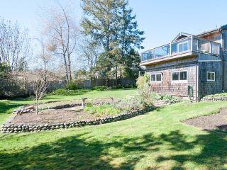 Photo 2: 1911 Comox Ave in COMOX: CV Comox (Town of) House for sale (Comox Valley)  : MLS®# 756874