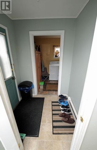 Photo 3: 84 Orcan Drive in Placentia: House for sale : MLS®# 1228763