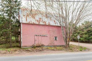 Photo 2: 1165-1169 Meadowvale Road in Tremont: 400-Annapolis County Residential for sale (Annapolis Valley)  : MLS®# 202110563