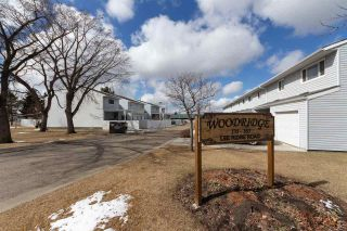 Photo 2: 152 LEE_RIDGE Road in Edmonton: Zone 29 Townhouse for sale : MLS®# E4241541