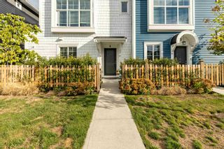 """Photo 3: 6 20451 84 Avenue in Langley: Willoughby Heights Townhouse for sale in """"The Walden"""" : MLS®# R2616635"""