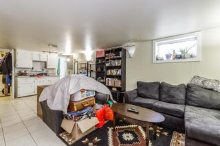 Photo 11: 2507 17A Street NW in Calgary: Capitol Hill Detached for sale : MLS®# A1080536