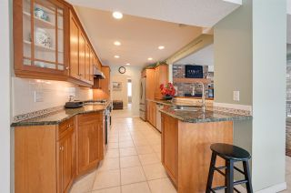 Photo 5: 192 QUESNELL Crescent in Edmonton: Zone 22 House for sale : MLS®# E4230395