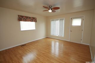 Photo 2: 272 22nd Street in Battleford: Residential for sale : MLS®# SK851531