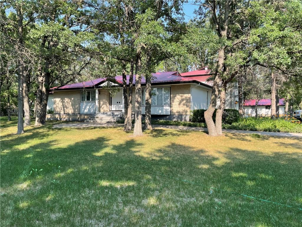 Main Photo: 73051 Sturgeon Road in Stony Mountain: RM of Rockwood Residential for sale (R12)  : MLS®# 202119718