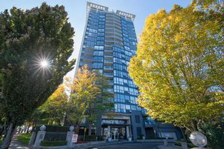 "Photo 1: 806 10899 UNIVERSITY Drive in Surrey: Whalley Condo for sale in ""THE OBSERVATORY"" (North Surrey)  : MLS®# R2326478"