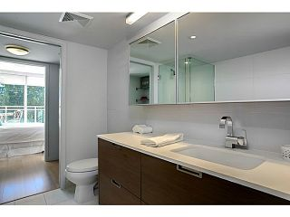 """Photo 11: 509 1635 W 3RD Avenue in Vancouver: False Creek Condo for sale in """"THE LUMEN"""" (Vancouver West)  : MLS®# V1026731"""