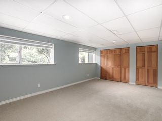 Photo 2: 12370 SEACREST Drive: Crescent Bch Ocean Pk. Home for sale ()  : MLS®# F1433450