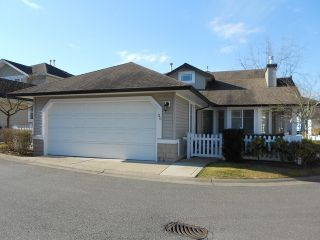 """Photo 1: 20 6488 168TH Street in Surrey: Cloverdale BC Townhouse for sale in """"TURNBERRY"""" (Cloverdale)  : MLS®# F1403317"""