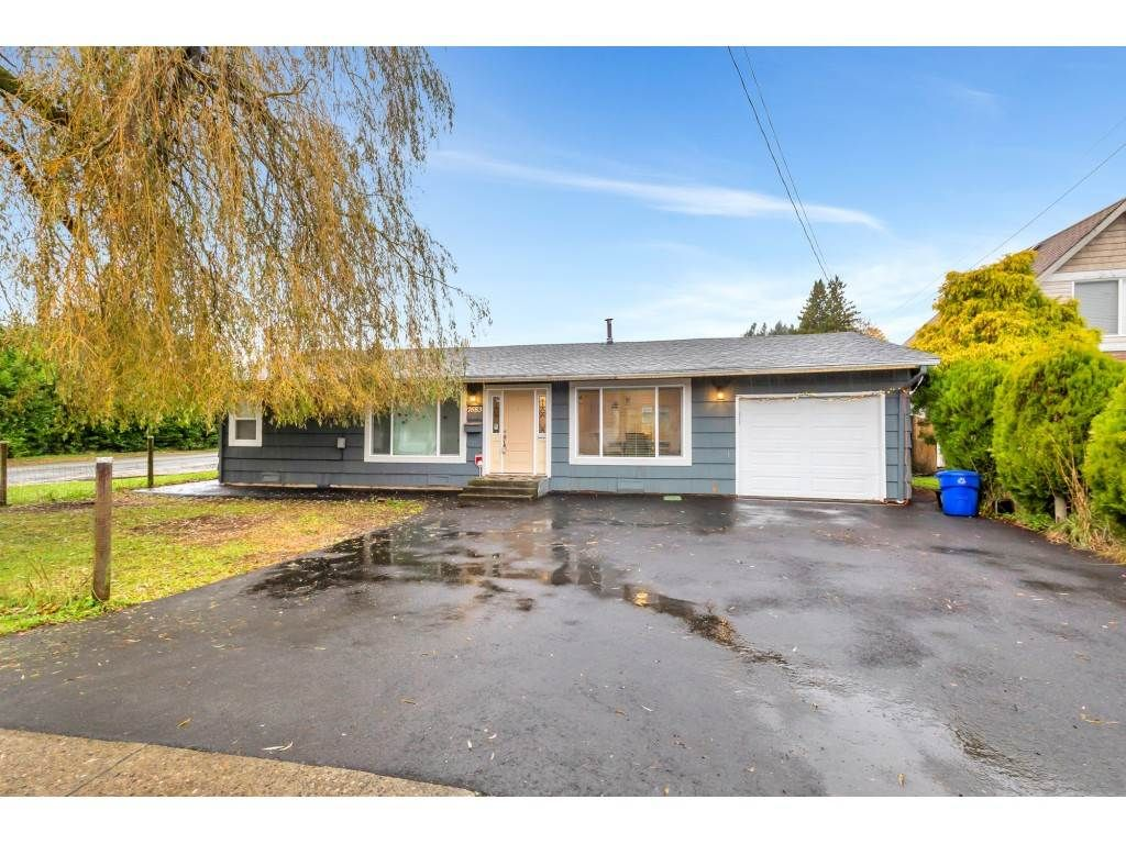 Main Photo: 7683 HURD Street in Mission: Mission BC House for sale : MLS®# R2517462
