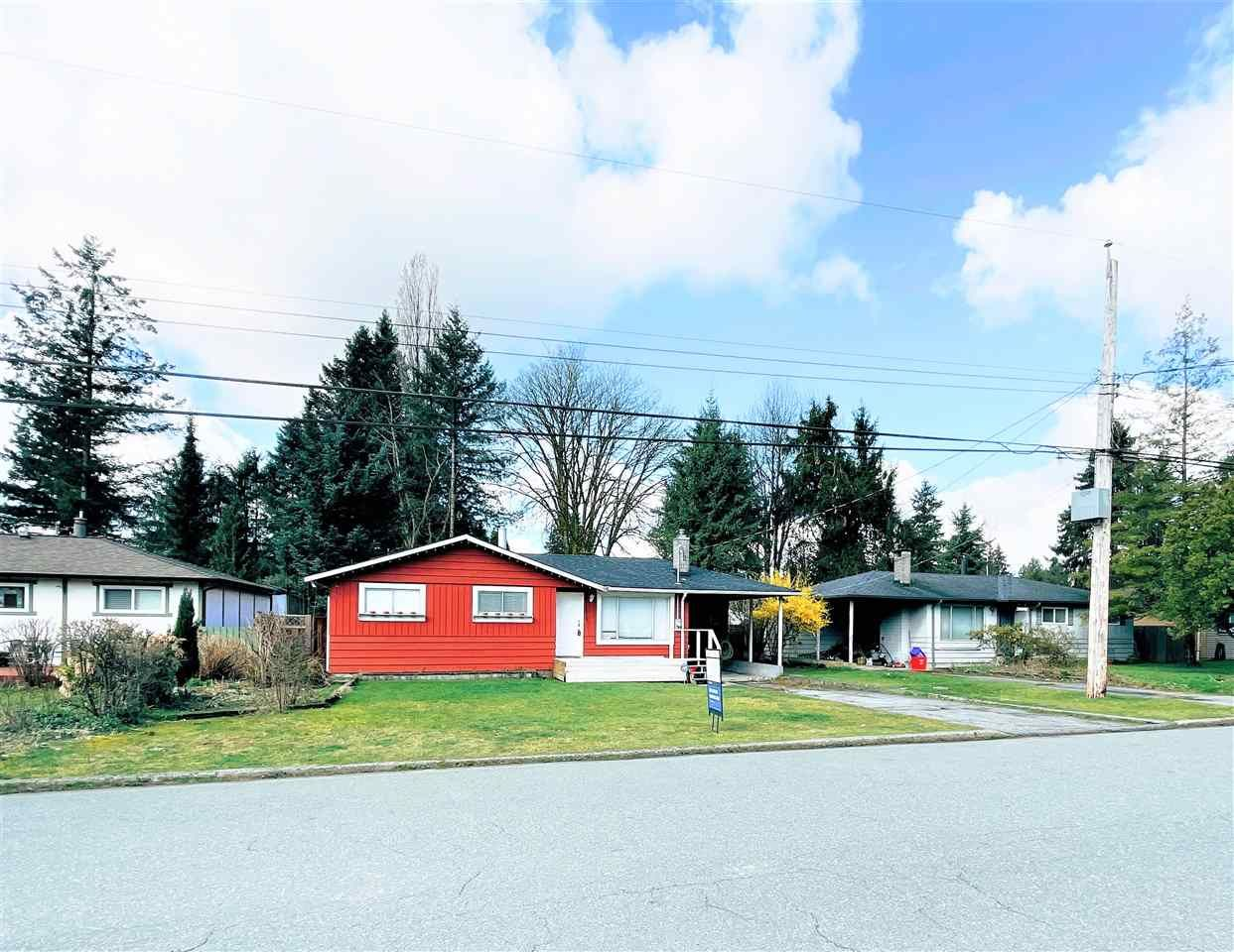 Main Photo: 11613 STEEVES Street in Maple Ridge: Southwest Maple Ridge House for sale : MLS®# R2556127