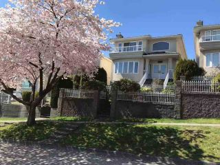 Photo 1: 155 ELLESMERE Avenue in Burnaby: Capitol Hill BN House for sale (Burnaby North)  : MLS®# R2544666