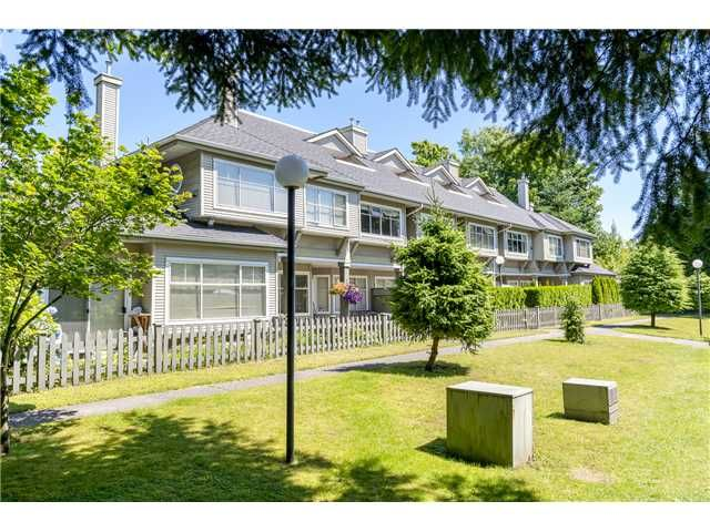 Main Photo: 32 5988 HASTINGS Street in Burnaby: Capitol Hill BN Condo for sale (Burnaby North)  : MLS®# V1073110