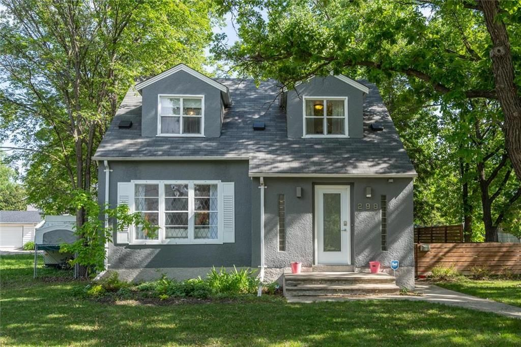 Main Photo: 298 Bartlet Avenue in Winnipeg: Riverview Residential for sale (1A)  : MLS®# 202113936
