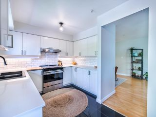 """Photo 6: 305 1009 HOWAY Street in New Westminster: Uptown NW Condo for sale in """"HUNTINGTON WEST"""" : MLS®# R2587896"""