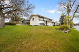 Photo 2: Fairview-416 71 Avenue SE-Calgary-