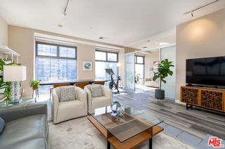 Photo 5: 801 S Grand Avenue Unit 1909 in Los Angeles: Residential for sale (C42 - Downtown L.A.)  : MLS®# 21793682