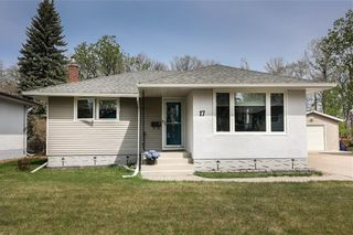 Photo 1: 17 Kenwood Place in Winnipeg: Norberry Residential for sale (2C)  : MLS®# 202111705