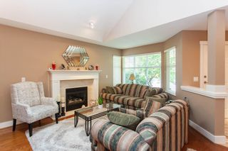 """Photo 5: 45 15450 ROSEMARY HEIGHTS Crescent in Surrey: Morgan Creek Townhouse for sale in """"CARRINGTON"""" (South Surrey White Rock)  : MLS®# R2598038"""