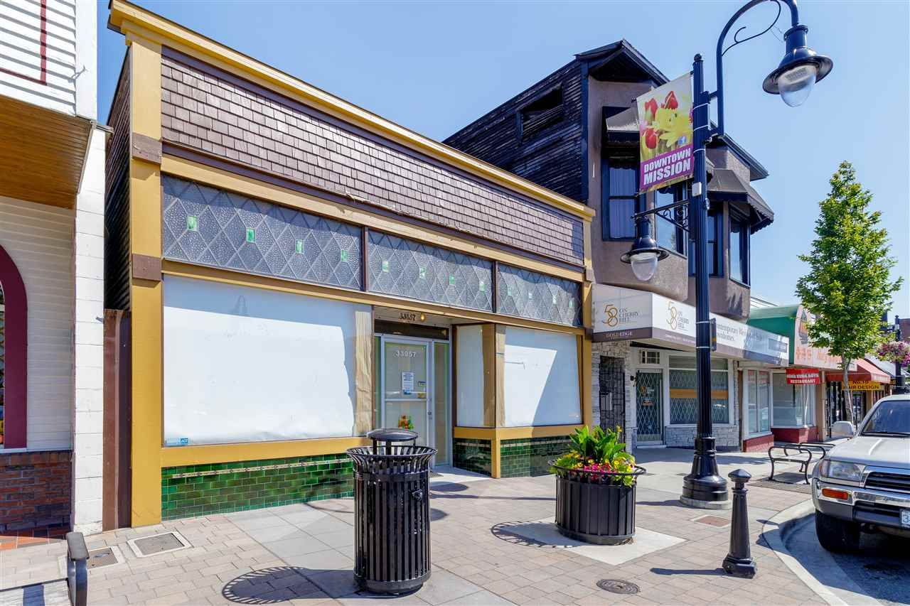 Photo 3: Photos: 33057 1ST AVENUE in Mission: Mission BC Commercial for sale : MLS®# C8033566