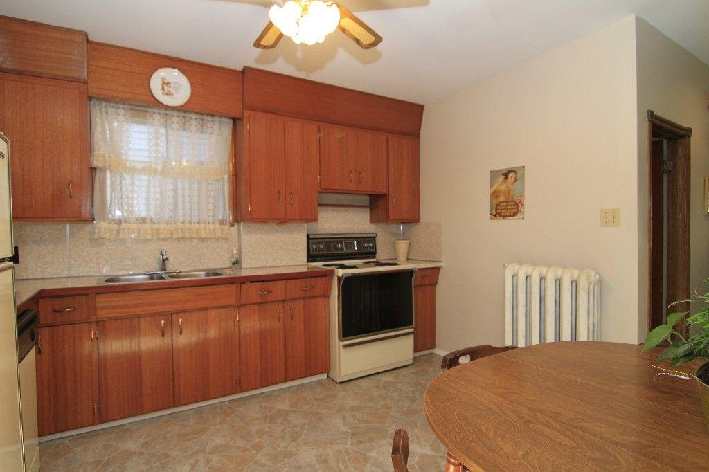 Photo 16: Photos: 118 Home Street in Winnipeg: Wolseley Duplex for sale (West Winnipeg)  : MLS®# 1308790