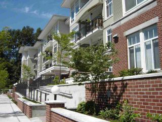 Photo 1: 402 2353 MARPOLE Avenue in Port Coquitlam: Central Pt Coquitlam Condo for sale : MLS®# R2039926