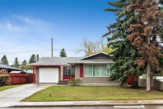 Photo 1: 2827 63 Avenue SW in Calgary: Lakeview Detached for sale : MLS®# A1110587