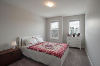 Photo 26: 224 Crestmont Drive SW in Calgary: Crestmont Detached for sale : MLS®# A1118392