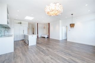 """Photo 24: 408 4355 W 10TH Avenue in Vancouver: Point Grey Condo for sale in """"Iron & Whyte"""" (Vancouver West)  : MLS®# R2462324"""