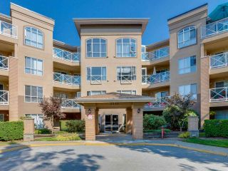 """Photo 20: 115 2551 PARKVIEW Lane in Port Coquitlam: Central Pt Coquitlam Condo for sale in """"THE CRESCENT"""" : MLS®# R2495357"""
