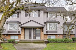 """Photo 2: 8 10900 NO. 3 Road in Richmond: South Arm Townhouse for sale in """"GARDEN MANOR"""" : MLS®# R2551668"""