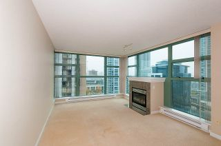 """Photo 4: 1401 4380 HALIFAX Street in Burnaby: Brentwood Park Condo for sale in """"BUCHANAN NORTH"""" (Burnaby North)  : MLS®# R2220423"""