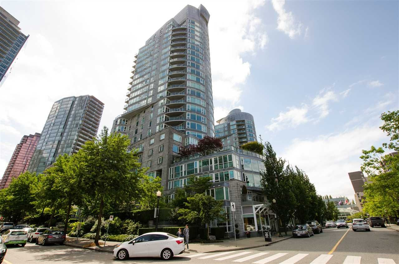 """Main Photo: 601 535 NICOLA Street in Vancouver: Coal Harbour Condo for sale in """"Bauhinia"""" (Vancouver West)  : MLS®# R2558943"""