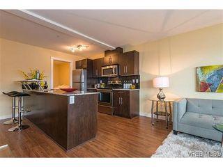 Photo 3: 413 1405 Esquimalt Rd in VICTORIA: Es Saxe Point Condo for sale (Esquimalt)  : MLS®# 622542
