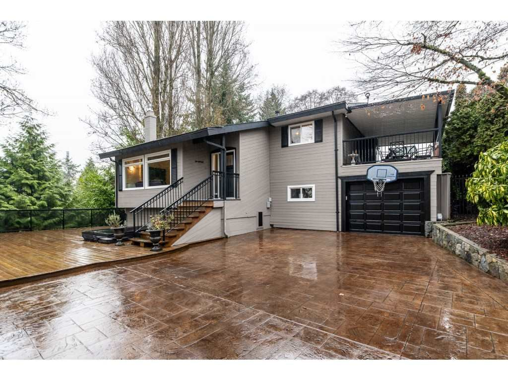 Main Photo: 8433 ARBOUR Place in Delta: Nordel House for sale (N. Delta)  : MLS®# R2423345