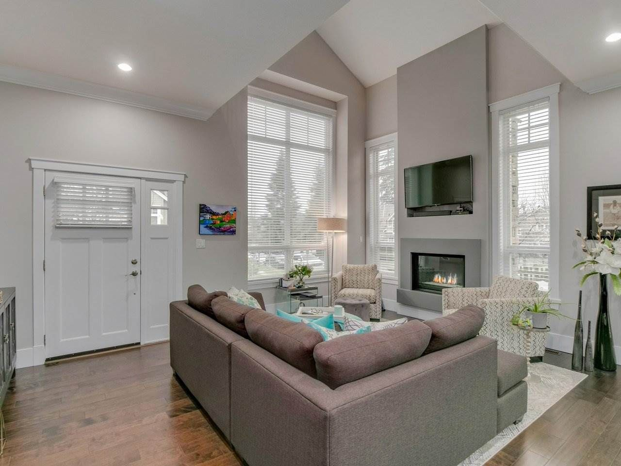 """Photo 5: Photos: 15 2456 163 Street in Surrey: Grandview Surrey Townhouse for sale in """"Azure East"""" (South Surrey White Rock)  : MLS®# R2535860"""