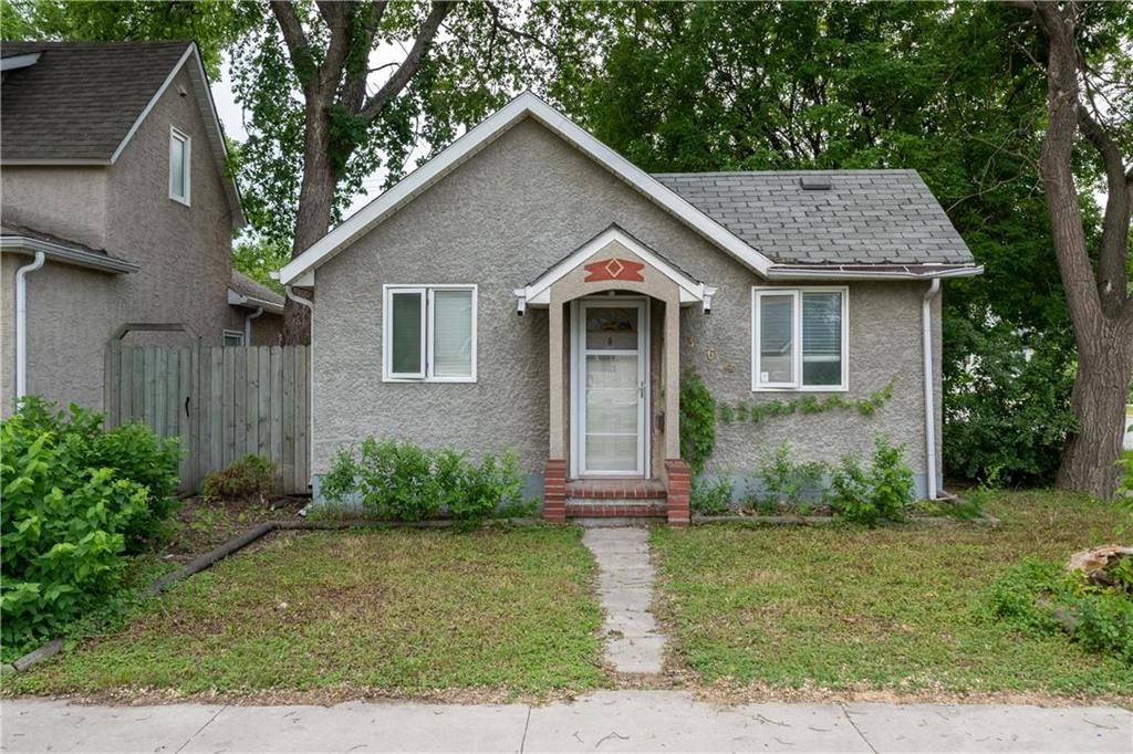 Main Photo: 364 Lariviere Street in Winnipeg: Norwood Residential for sale (2B)  : MLS®# 202115255