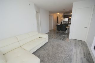 """Photo 4: 1208 813 AGNES Street in New Westminster: Downtown NW Condo for sale in """"NEWS"""" : MLS®# R2391706"""