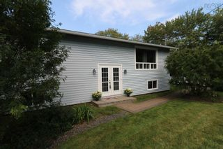 Photo 3: 56 Christopher Hartt Road in Ardoise: 403-Hants County Residential for sale (Annapolis Valley)  : MLS®# 202123401