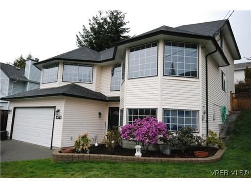 Main Photo: 3553 Desmond Dr in VICTORIA: La Walfred House for sale (Langford)  : MLS®# 635869