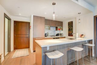Photo 1: 1811 68 SMITHE STREET in Vancouver: Yaletown Condo for sale (Vancouver West)  : MLS®# R2283102