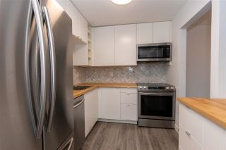 """Photo 13: 226 32850 GEORGE FERGUSON Way in Abbotsford: Central Abbotsford Condo for sale in """"ABBOTSOFRD PLACE"""" : MLS®# R2600359"""