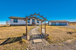 Photo 1: 80101 264 Avenue E: Rural Foothills County Detached for sale : MLS®# A1154242