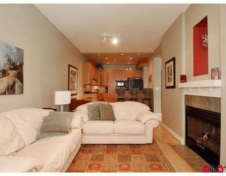 """Photo 4: 43 16655 64TH Avenue in Surrey: Cloverdale BC Townhouse for sale in """"Ridgewoods @ Northview"""" (Cloverdale)  : MLS®# F2822029"""